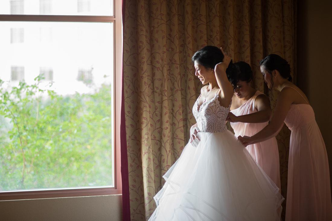Leah Langley Photography- Orlando wedding photographer – Orlando multicultural wedding photography – Orlando wedding – central Florida wedding photography – Rosen Shingle Creek Wedding -bride dessing