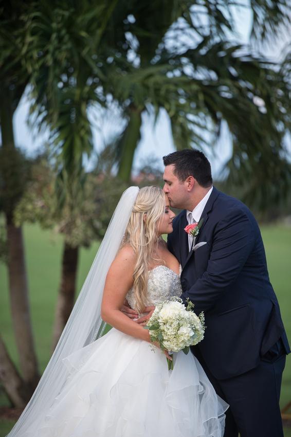 Leah Langley Photography – Florida Wedding Photographer – south Florida wedding photographer – Jacaranda country club wedding -wedding photos